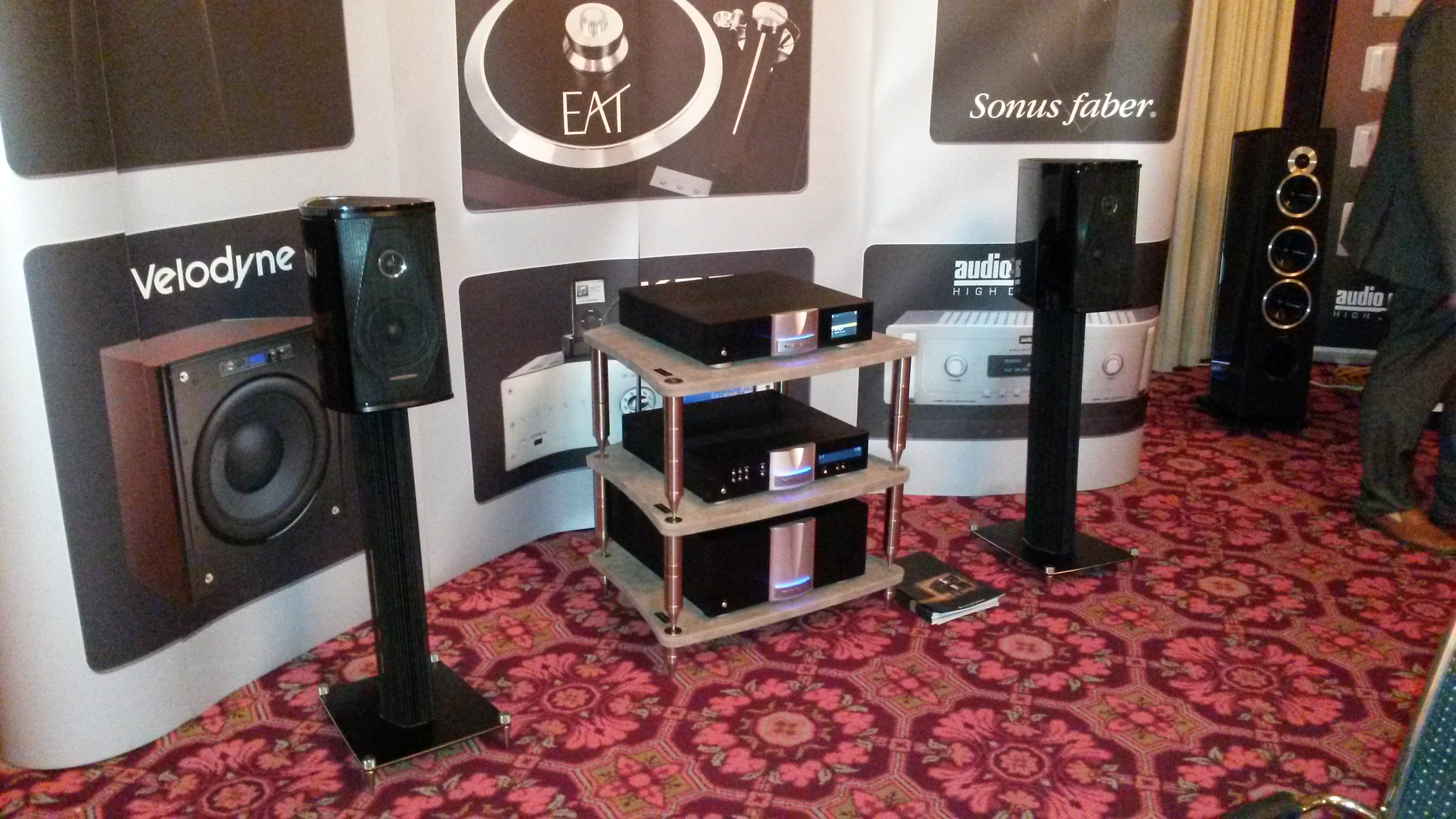 Westdeutsche HiFi-Tage 2015, audio-area, Audio Reference, Sonus faber Olympica I Piano Black, KRELL DUO 175, KRELL Illusion, KRELL Connect, Bassocontinuo, Sonus faber Chameleon T