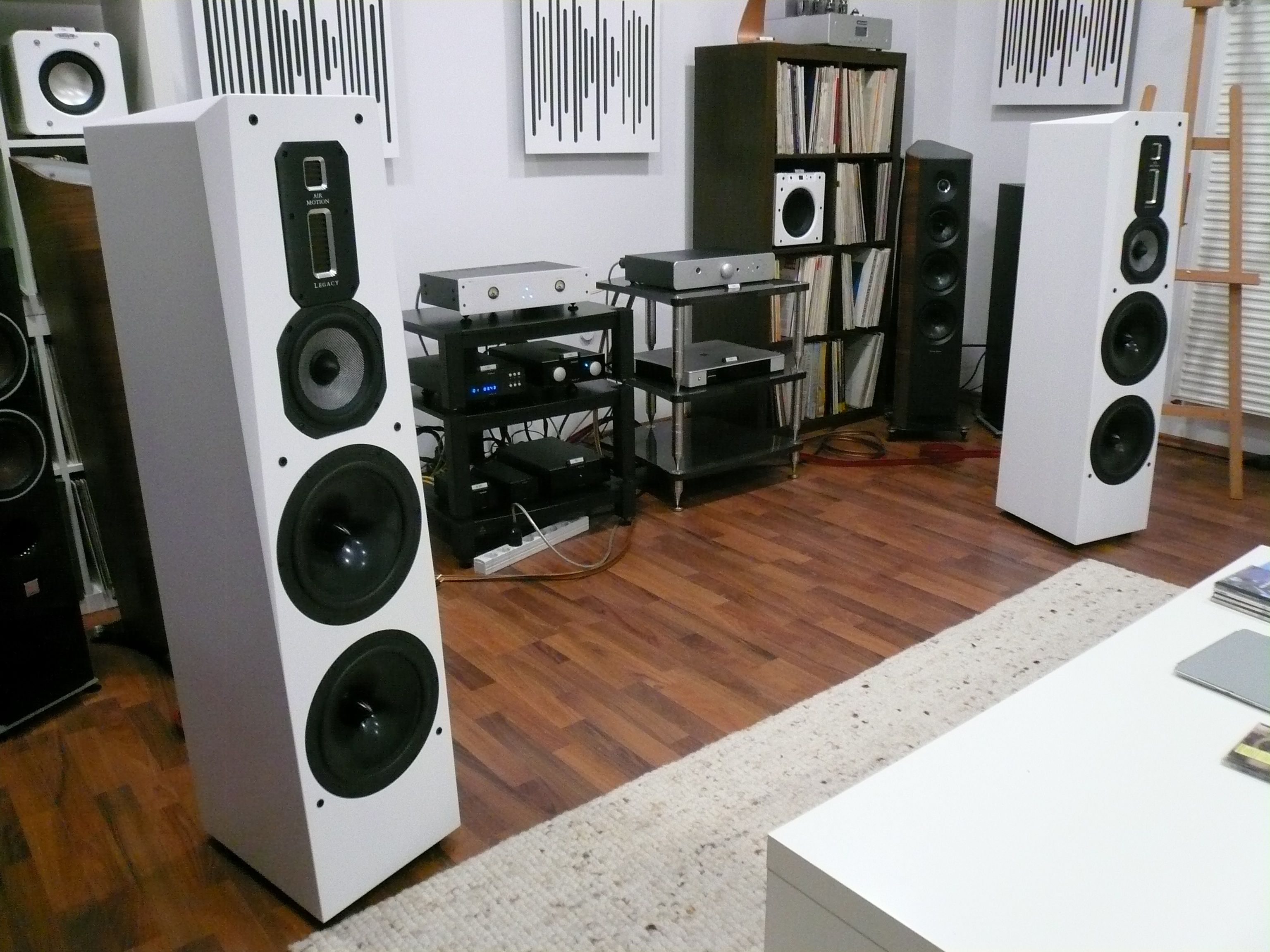 Legacy Audio Signature SE Standlautsprecher